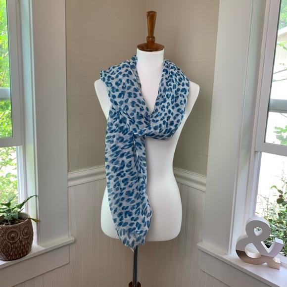 Accessories - 🌞 Blue leopard print scarf sheer Lightweight